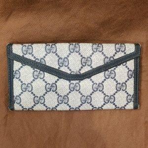 Vintage Gucci monogram wallet